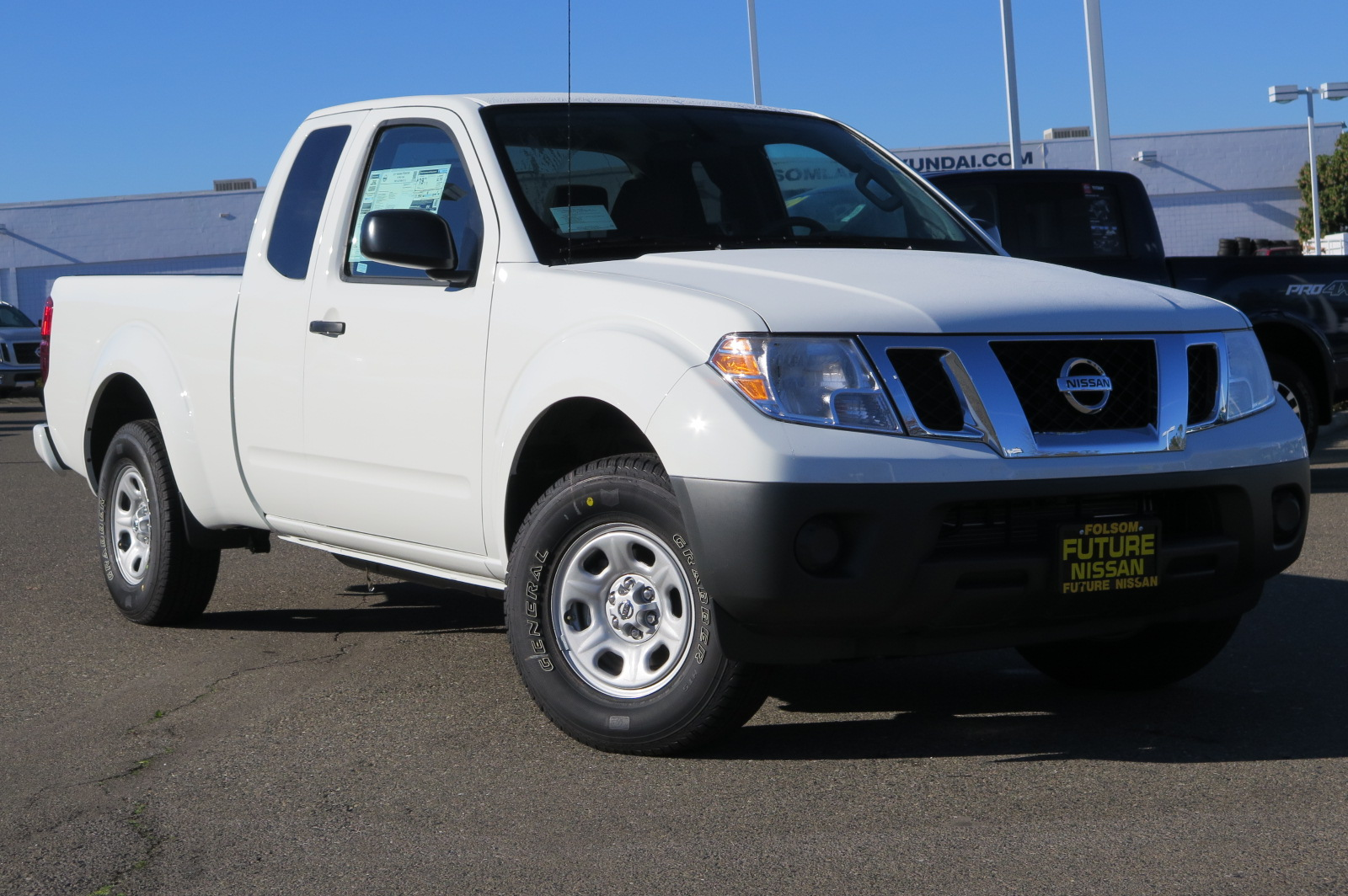 new 2017 nissan frontier s truck king cab in roseville f10700 future nissan of roseville. Black Bedroom Furniture Sets. Home Design Ideas