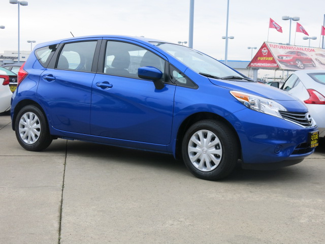 new 2016 nissan versa note s plus hatchback in roseville n40413 future nissan of roseville. Black Bedroom Furniture Sets. Home Design Ideas